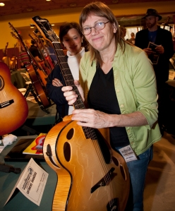 Linda Manzer with one of her Archtops. Photo © Jay Rosenblatt